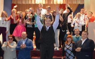 Гусевская команда КВН заняла первое место в турнире на кубок директора Славской школы