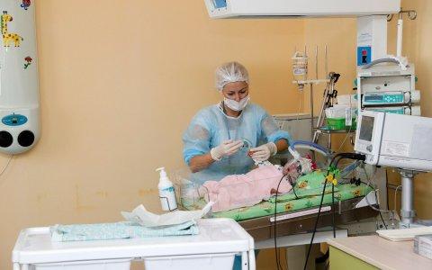 Следственный отдел возбудил дело о смерти ребенка, скончавшегося от травмы при родах