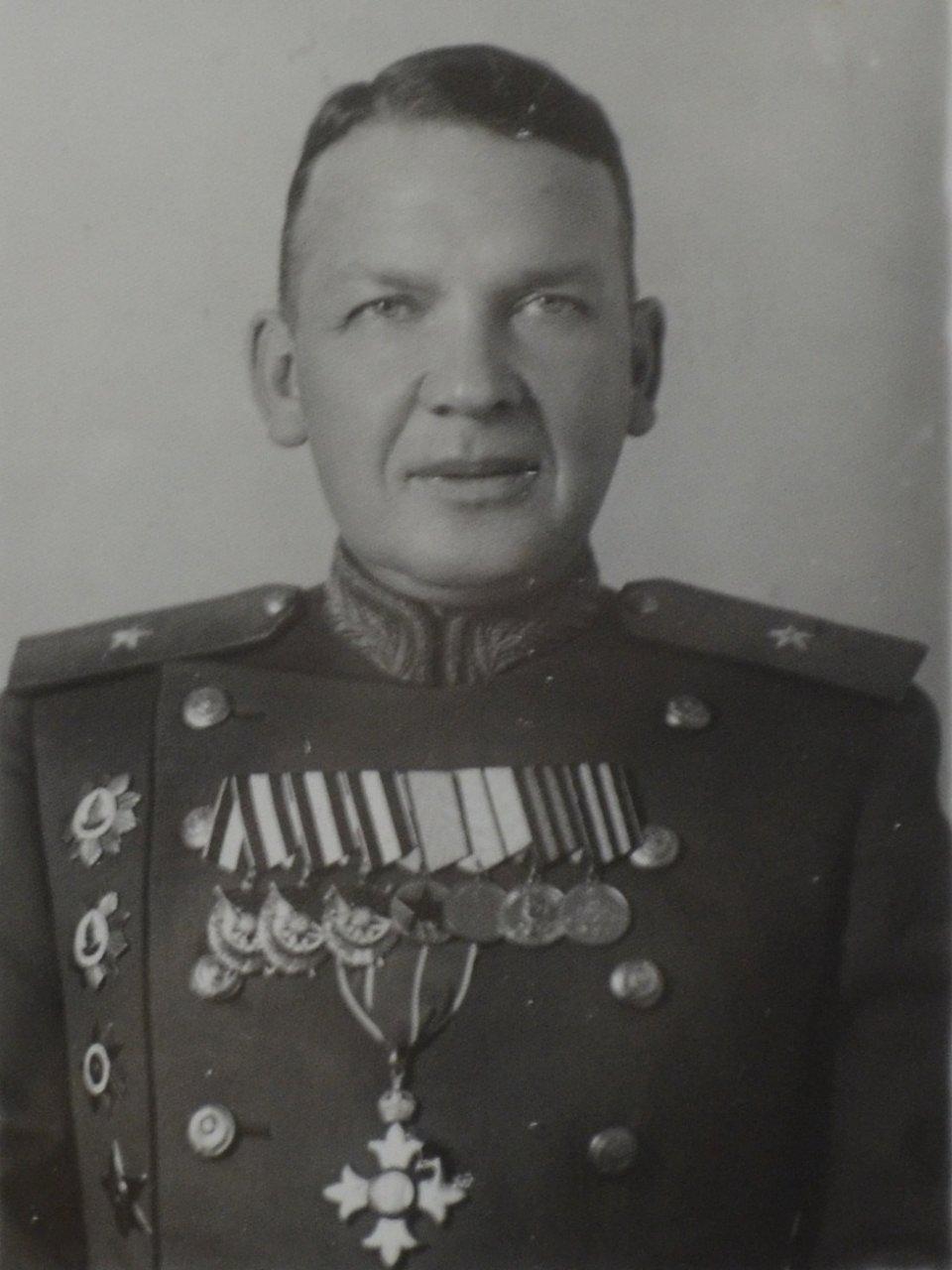 фото генерал майор сычев как чудо, дом